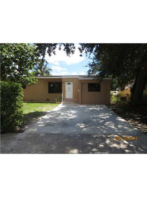 1096 NE 157th St, North Miami Beach, FL 33162