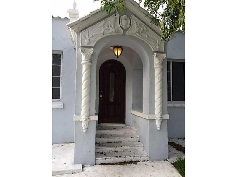 1785 Sw 10th St, Miami, FL 33135