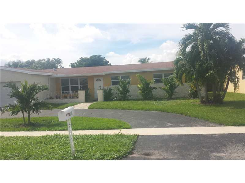 10630 Nw 20th St, Hollywood, FL 33026