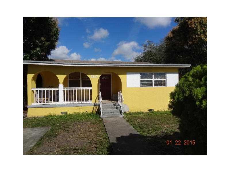 1817 Nw 90th St, Miami, FL 33147