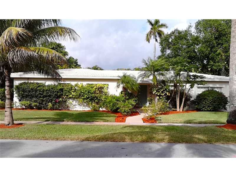 5804 Leonardo St, Coral Gables, FL 33146