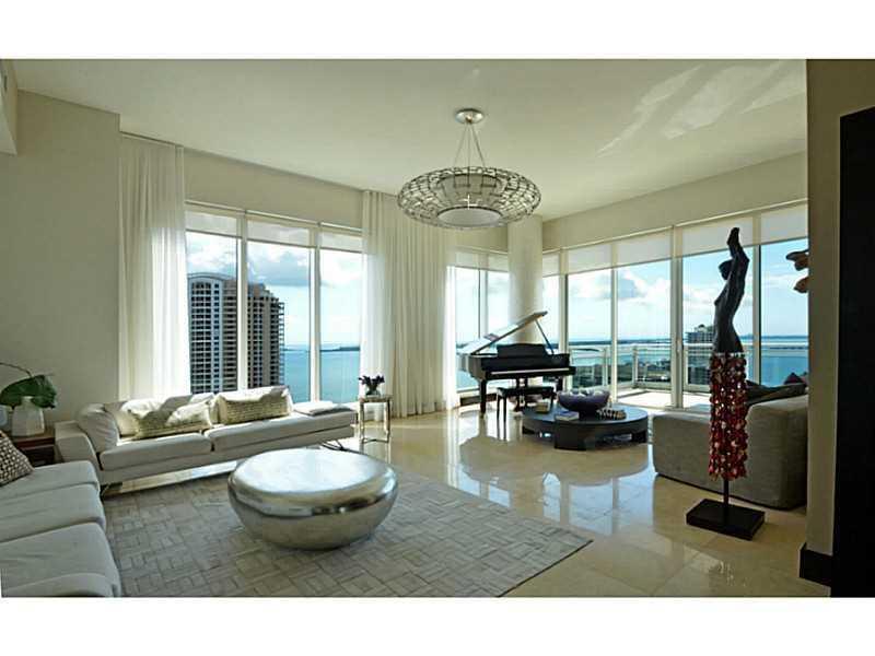900 Brickell Ky # Bl, Miami, FL 33131