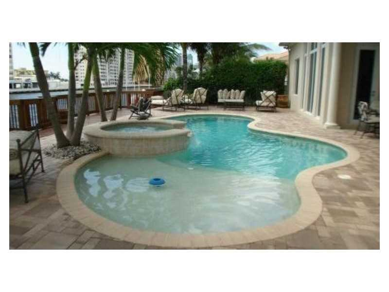 Real Estate for Sale, ListingId: 35234321, Hollywood,FL33019