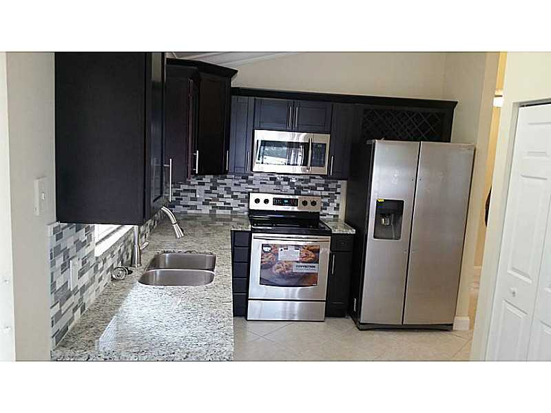 10545 Nw 11th Ct, Fort Lauderdale, FL 33322