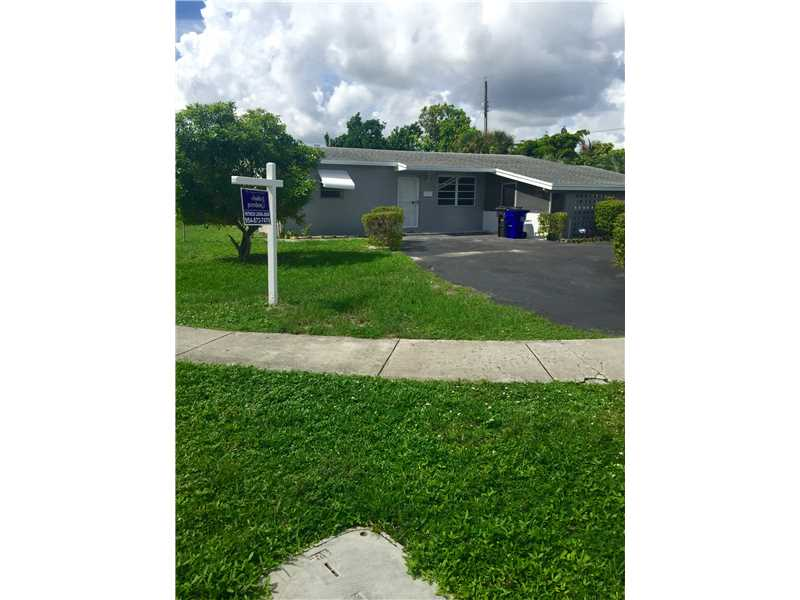 4300 Nw 34th Ct, Lauderdale Lakes, FL 33319