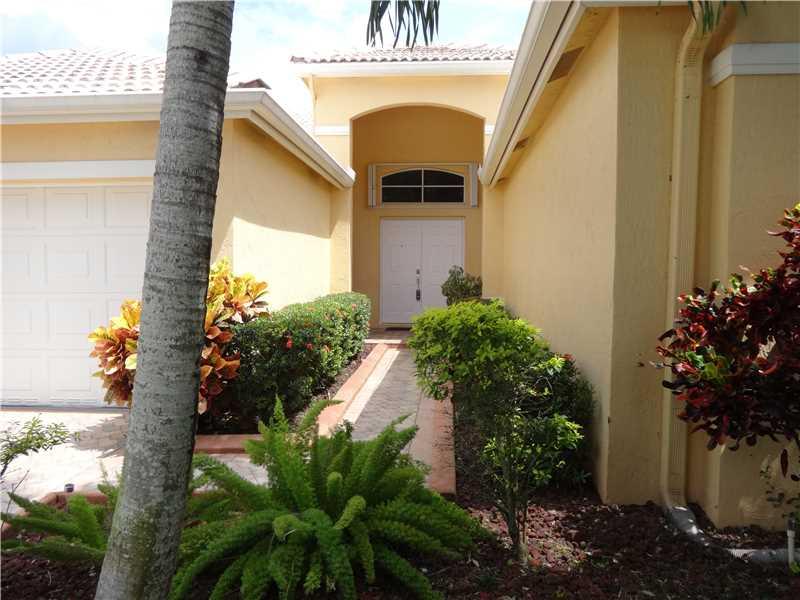 4105 Cinnamon Way, Fort Lauderdale, FL 33331