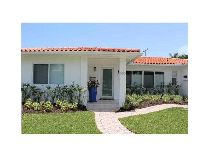 600 N Shore Dr, Miami Beach, FL 33141