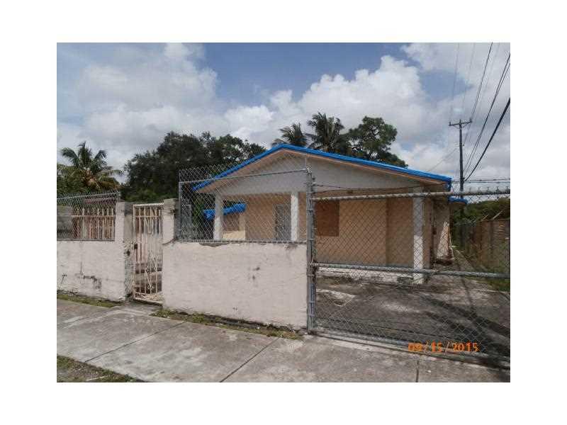 2505 NW 105th St, Miami, FL 33147