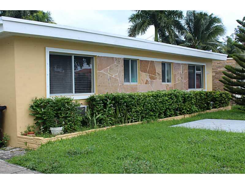 1735 Normandy Dr, Miami Beach, FL 33141
