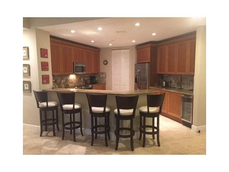 Rental Homes for Rent, ListingId:35543699, location: 55 MERRICK WY Coral Gables 33134
