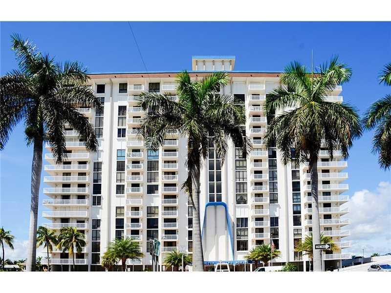 Real Estate for Sale, ListingId: 35573916, Hollywood,FL33019