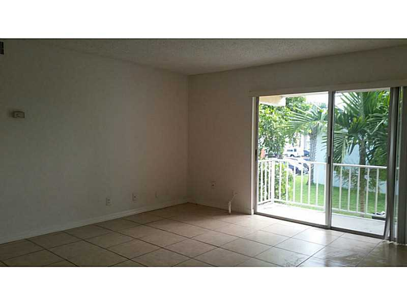 Rental Homes for Rent, ListingId:35580737, location: 409 EXECUTIVE CENTER DR West Palm Beach 33401