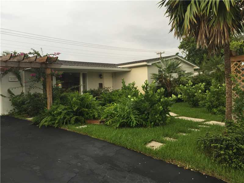8761 Ridgeland Dr, Cutler Bay, FL 33157