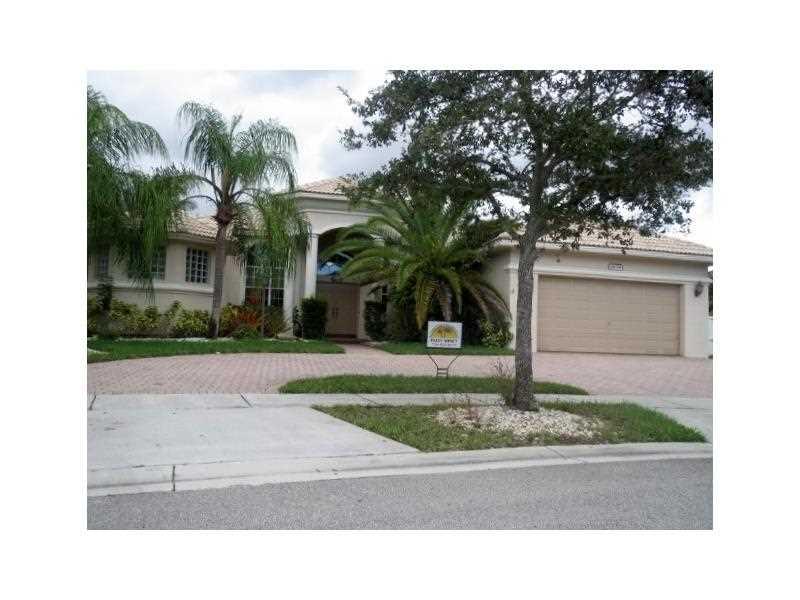 Real Estate for Sale, ListingId: 35636993, Pembroke Pines,FL33028
