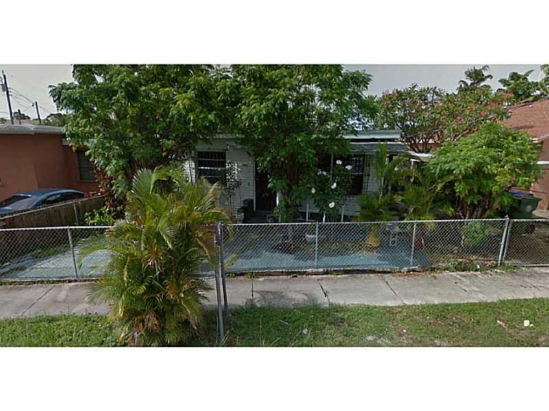 3040 Sw 12th St, Miami, FL 33135