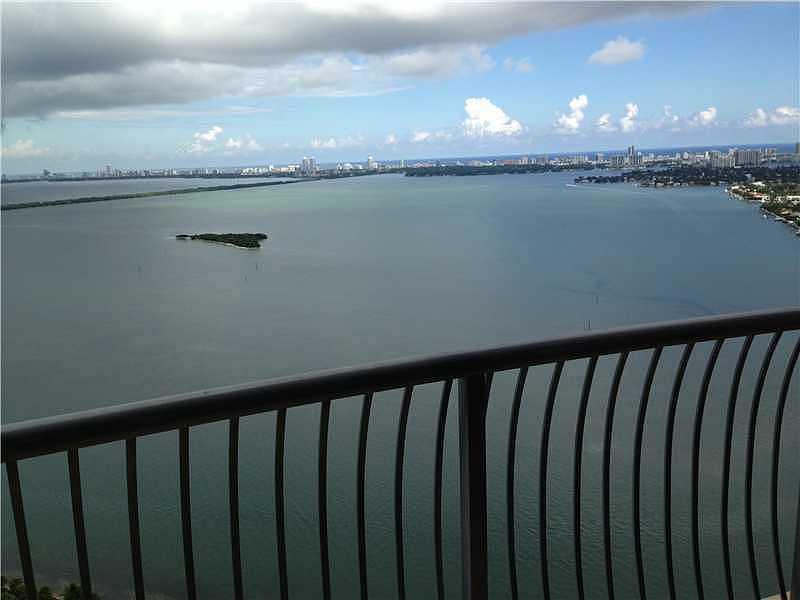 1750 N Bayshore Dr # 3201, Miami, FL 33132