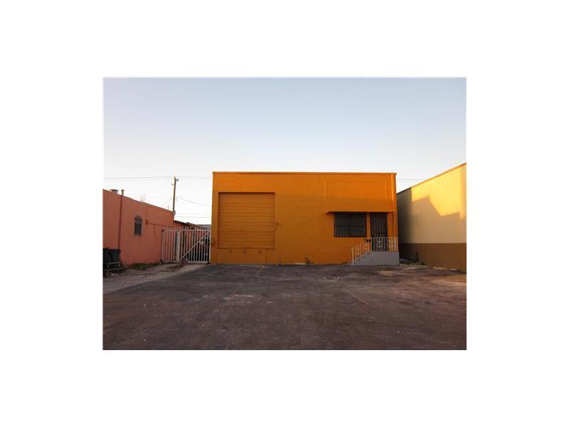 Real Estate for Sale, ListingId: 35692903, Hialeah,FL33013
