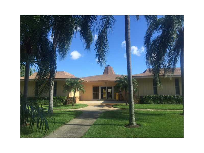 Rental Homes for Rent, ListingId:35736532, location: 500 VILLAGE GREEN CR Lake Worth 33461