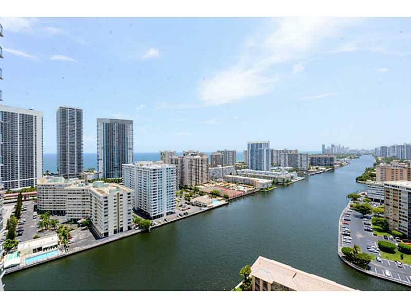 Real Estate for Sale, ListingId: 35779299, Hallandale,FL33009