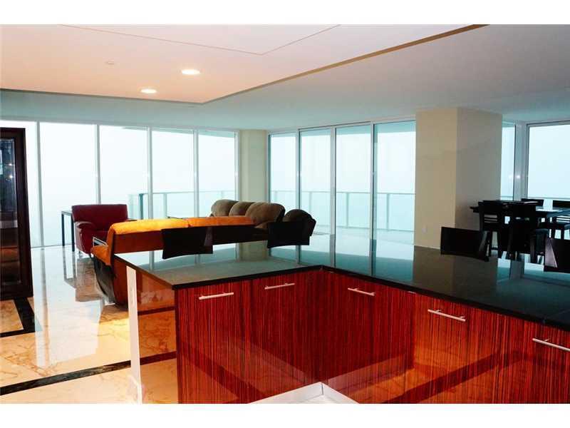 Real Estate for Sale, ListingId: 35790509, Hollywood,FL33019
