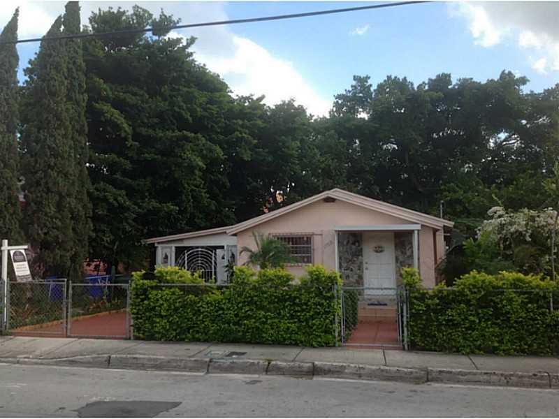 1752 Sw 3rd St, Miami, FL 33135