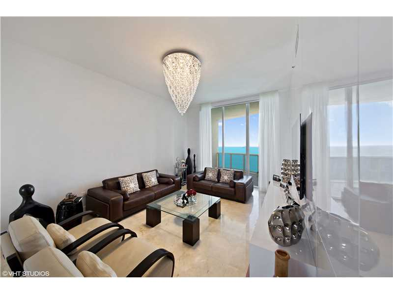 15901 Collins Ave # 3704, Sunny Isles Beach, FL 33160