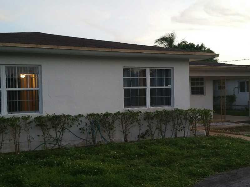 4224 Nw 2nd St, Plantation, FL 33317