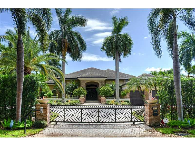 Real Estate for Sale, ListingId: 35978100, Hollywood,FL33019