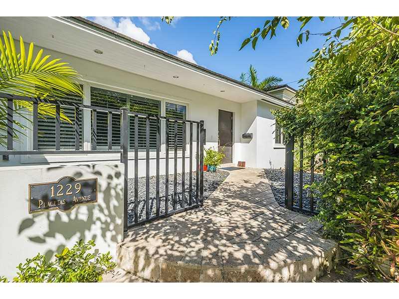 1229 Placetas Ave, Coral Gables, FL 33146