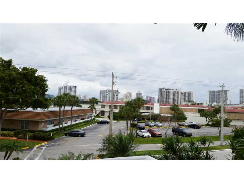 Rental Homes for Rent, ListingId:36018477, location: 2980 POINT EAST DR Aventura 33160