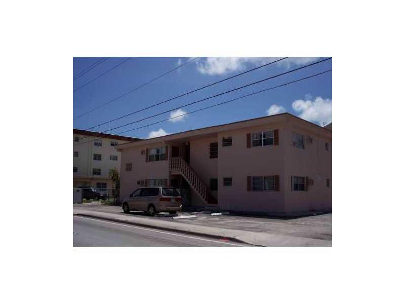 Rental Homes for Rent, ListingId:36101262, location: 12195 West DIXIE HY North Miami 33161