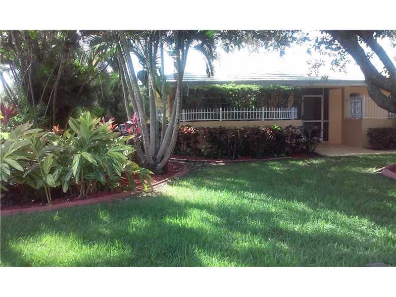 761 W Tropical Way, Plantation, FL 33317