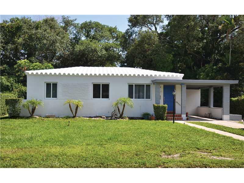 1060 Ne 121st St, Biscayne Park, FL 33161