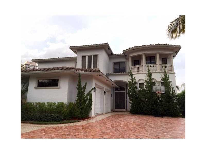 238 S Island, Golden Beach, FL 33160