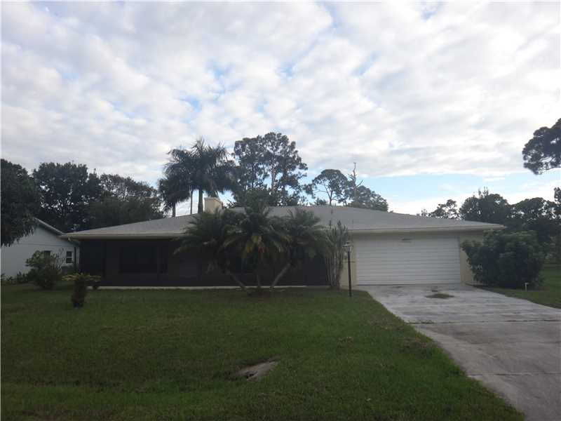 7807 Eden Rd, Fort Pierce, FL 34951