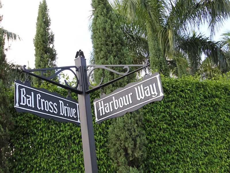 217 Bal Cross Dr, Bal Harbour, FL 33154