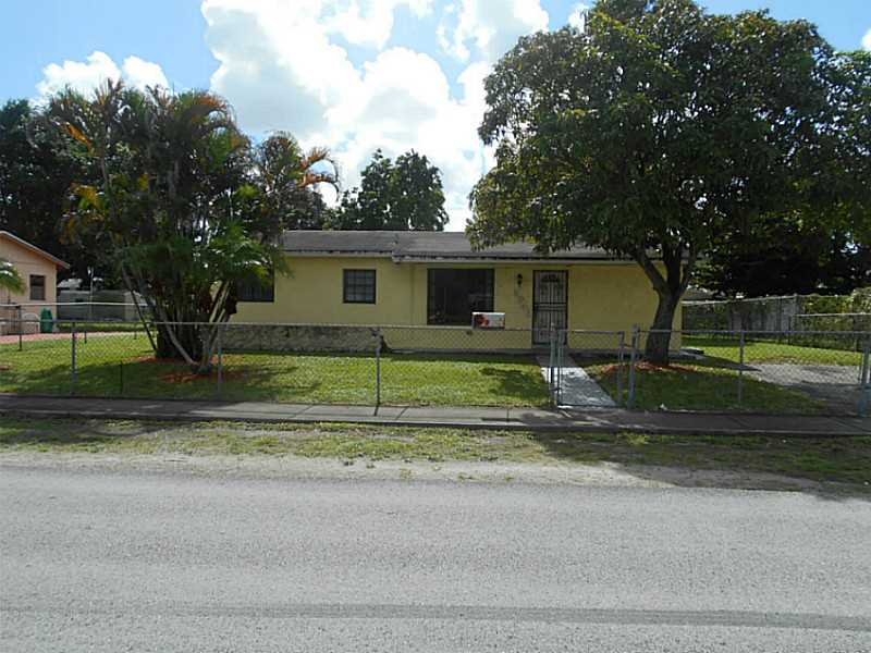 3346 Nw 180th St, Opa-Locka, FL 33056