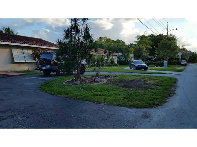 Rental Homes for Rent, ListingId:36308533, location: 3401 South LAKE DR Miami 33155