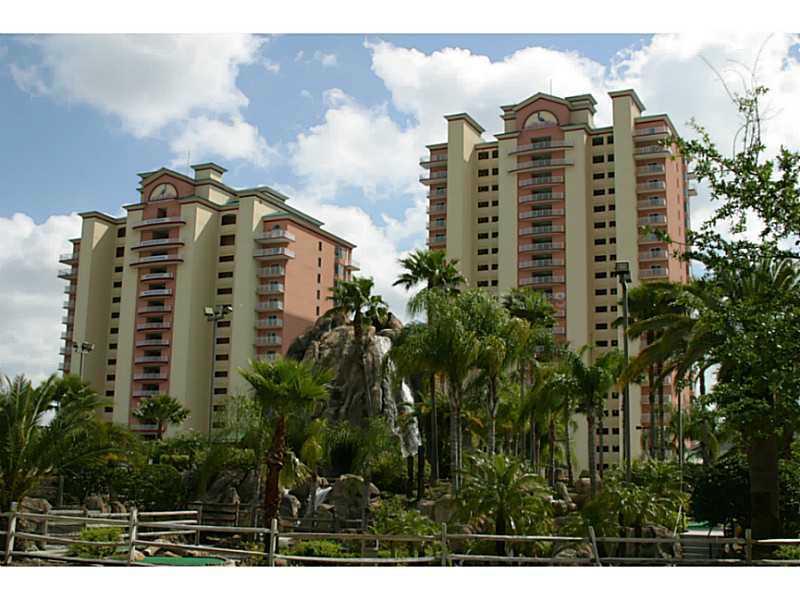13427 Blue Heron Beach Dr, Orlando, FL 32821