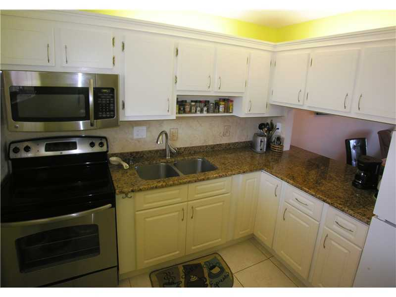 Rental Homes for Rent, ListingId:36339778, location: 2811 South GARDEN DR Lake Worth 33461