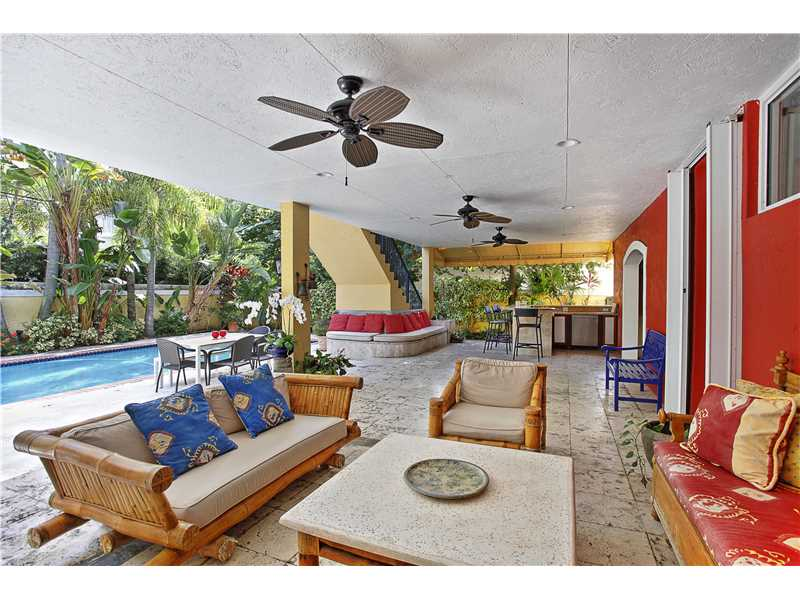 725 Ridgewood Rd, Key Biscayne, FL 33149