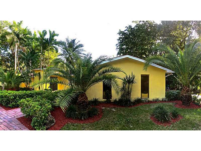 6720 SW 104th St, Miami, FL 33156