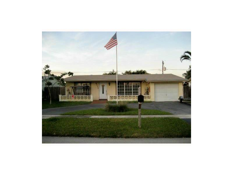9771 Nw 24th Pl, Fort Lauderdale, FL 33322