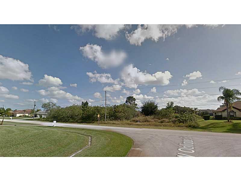 1082 Sw Jericho Ave, Port St Lucie, FL 34953