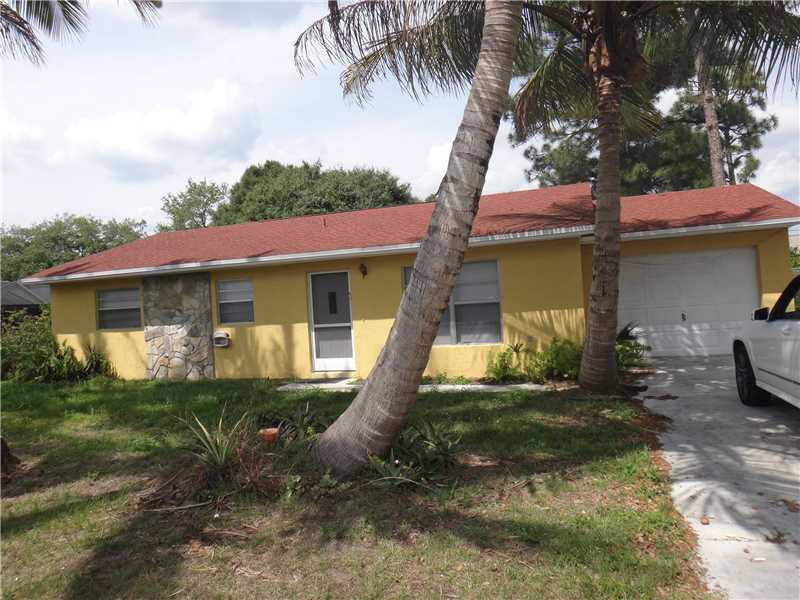 7604 Coquina Ave, Fort Pierce, FL 34951