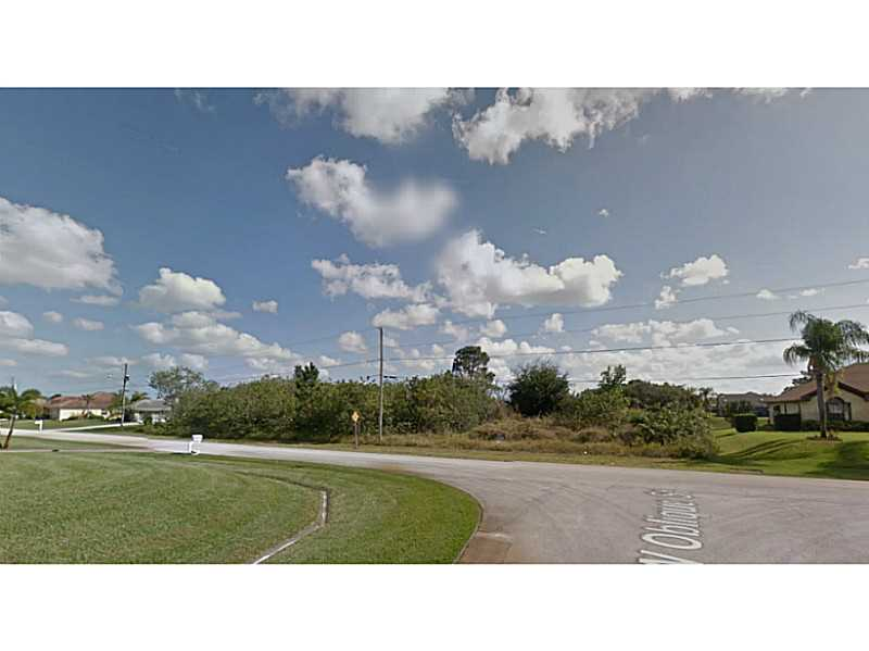 1090 Sw Jericho Ave, Port St Lucie, FL 34953