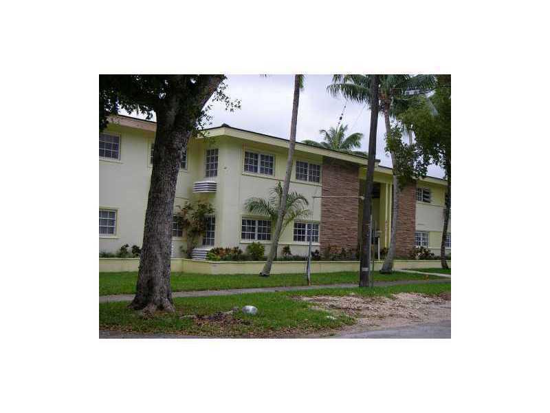 6511 Santona St, Miami, FL 33146