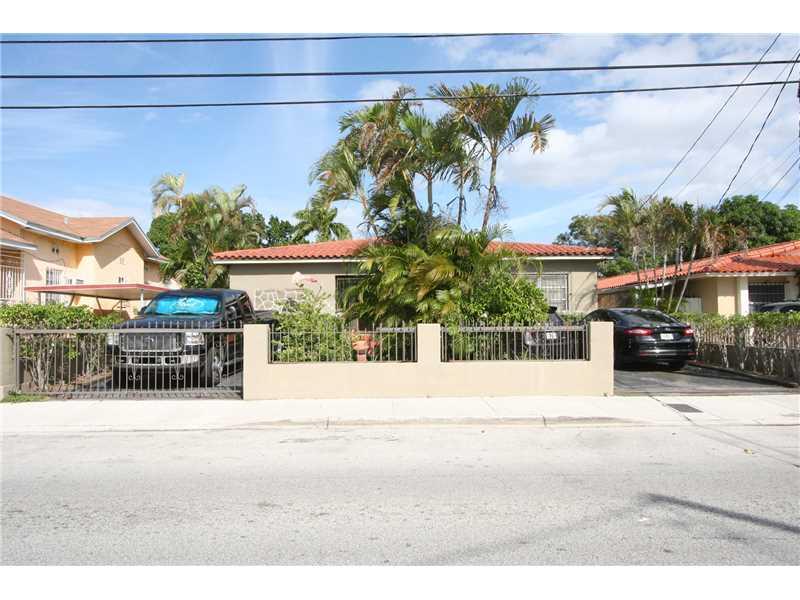 2425 Sw 16th St, Miami, FL 33145