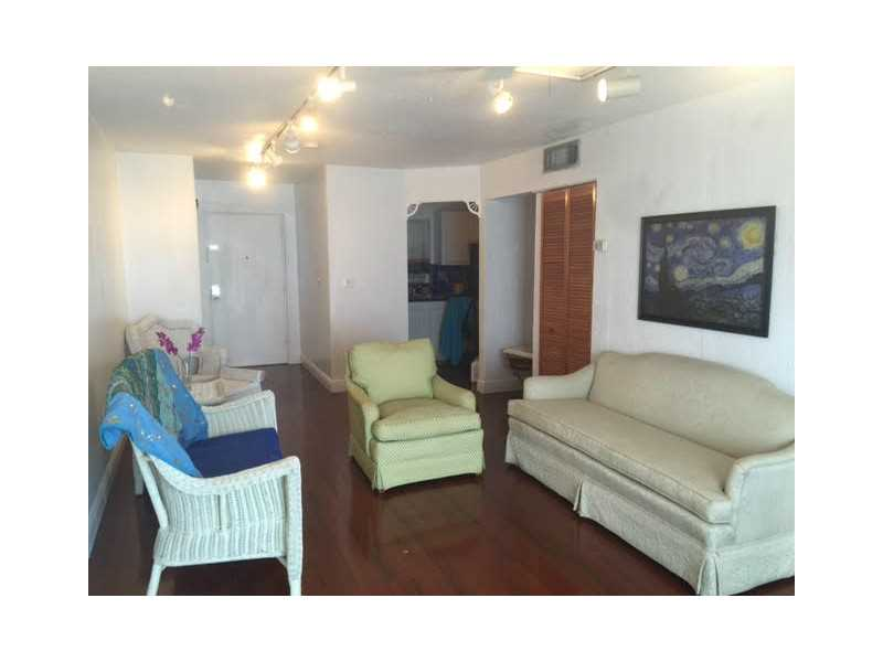 1033 Lenox Ave # 303, Miami Beach, FL 33139