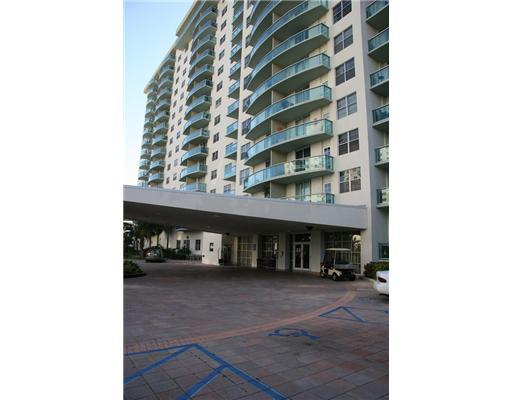 primary photo for Sunny Isles Beach, FL 33160, US